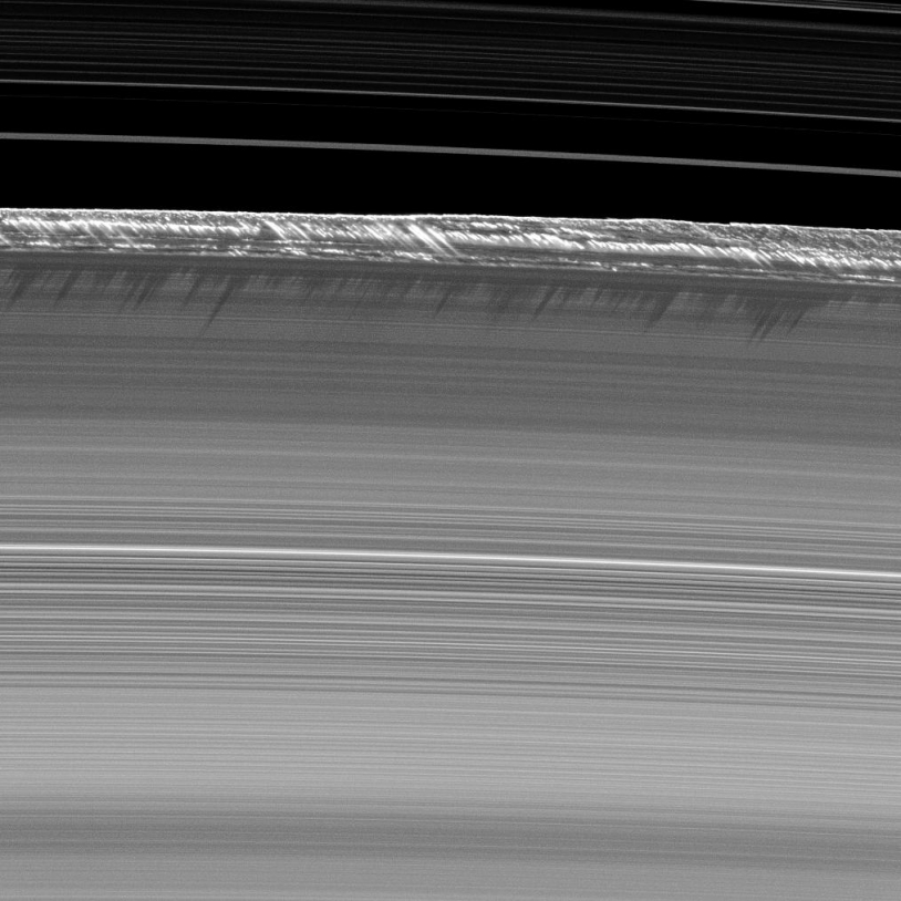 Cassini reliefs anneaux Saturne